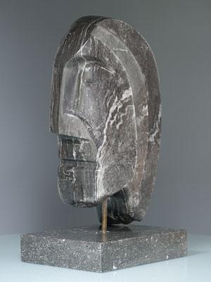 Sculpturen de realist beeld in zwarte albast ad van den boom